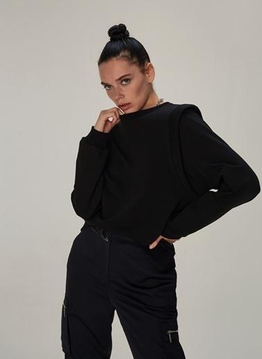 NGSTYLE Omuz Detaylı Sweatshirt Siyah